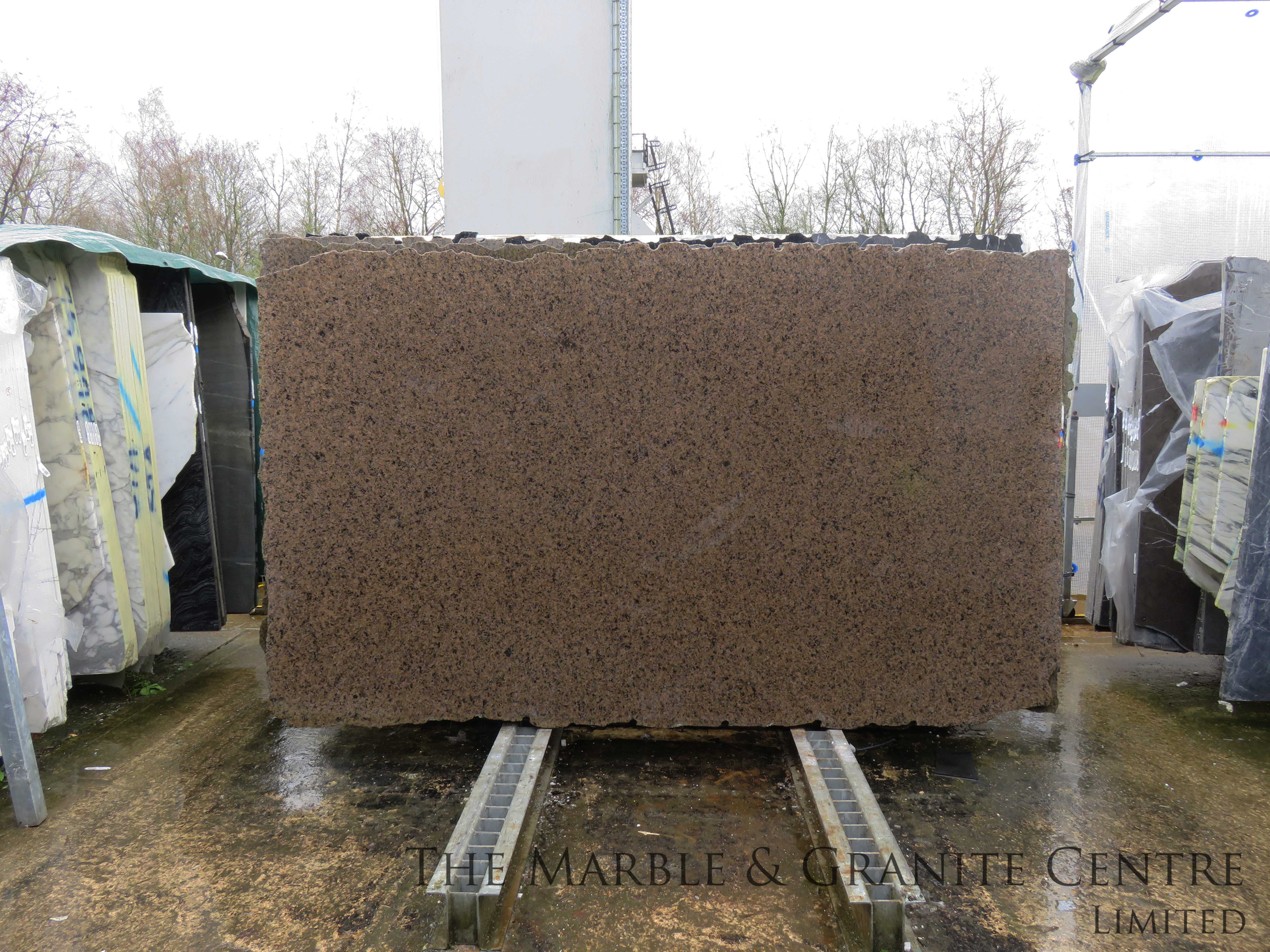Granite Tropic Brown Polished 20 mm [11648]
