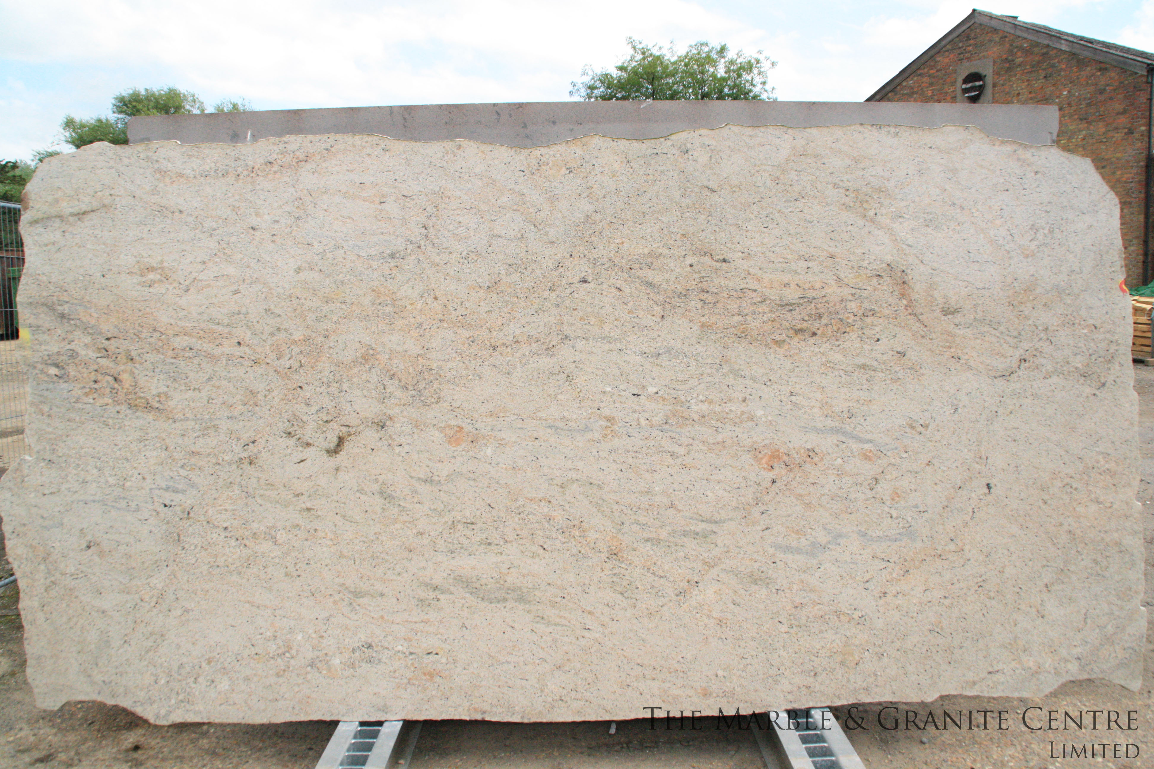 Granite Kashmir Pink Polished 20 mm [14285]