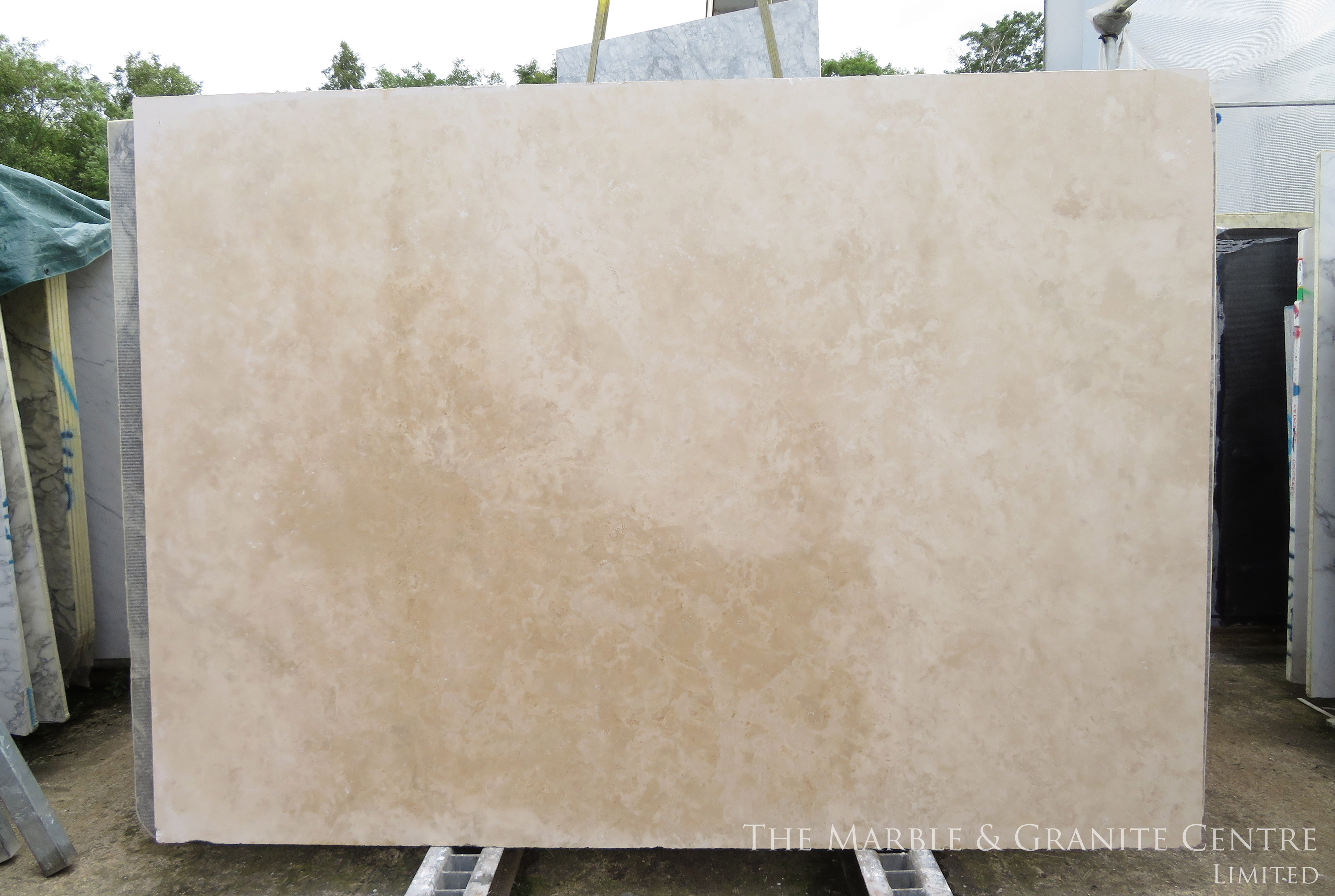 Marble Travertine Cross Cut Honed 30 mm [1648]