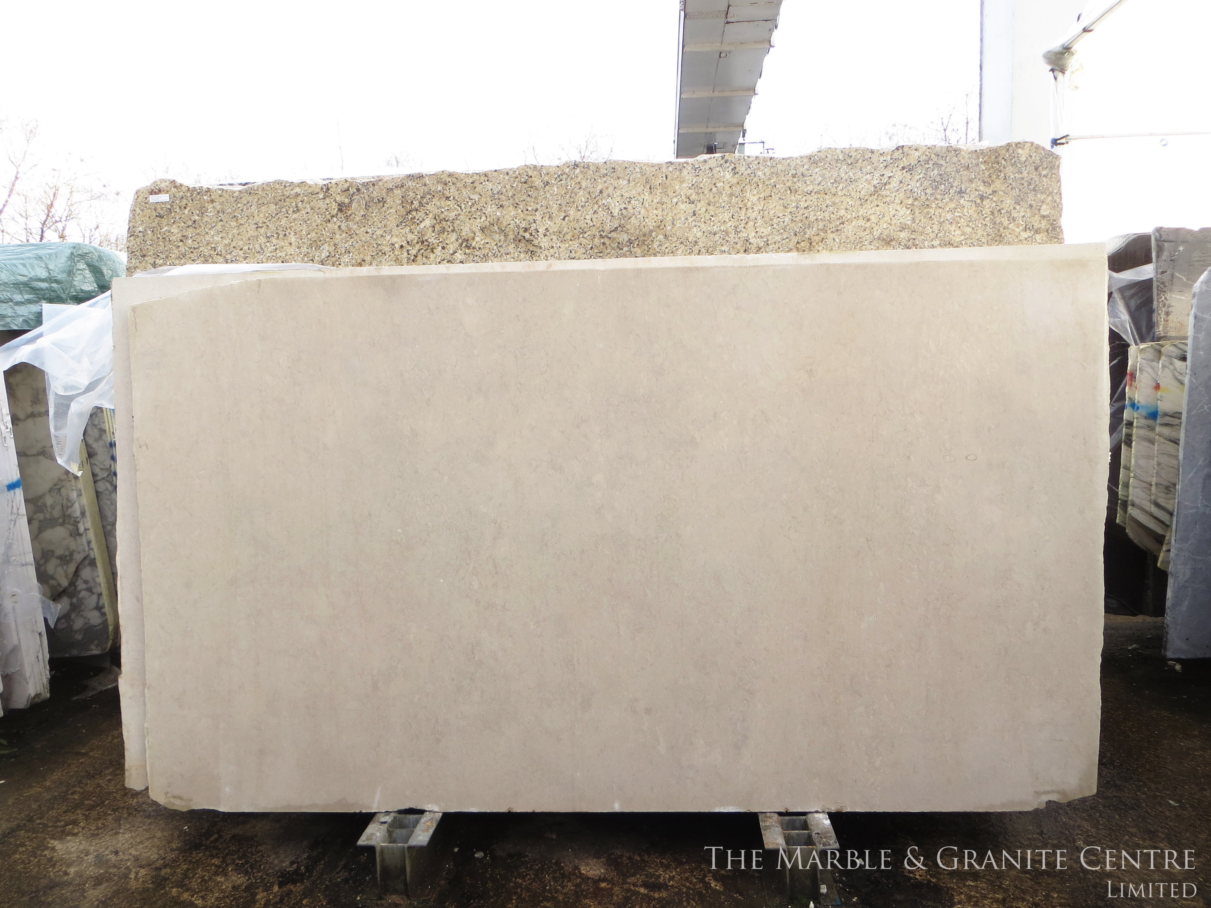 Limestone Bateig Beige Honed 30 mm [20483]