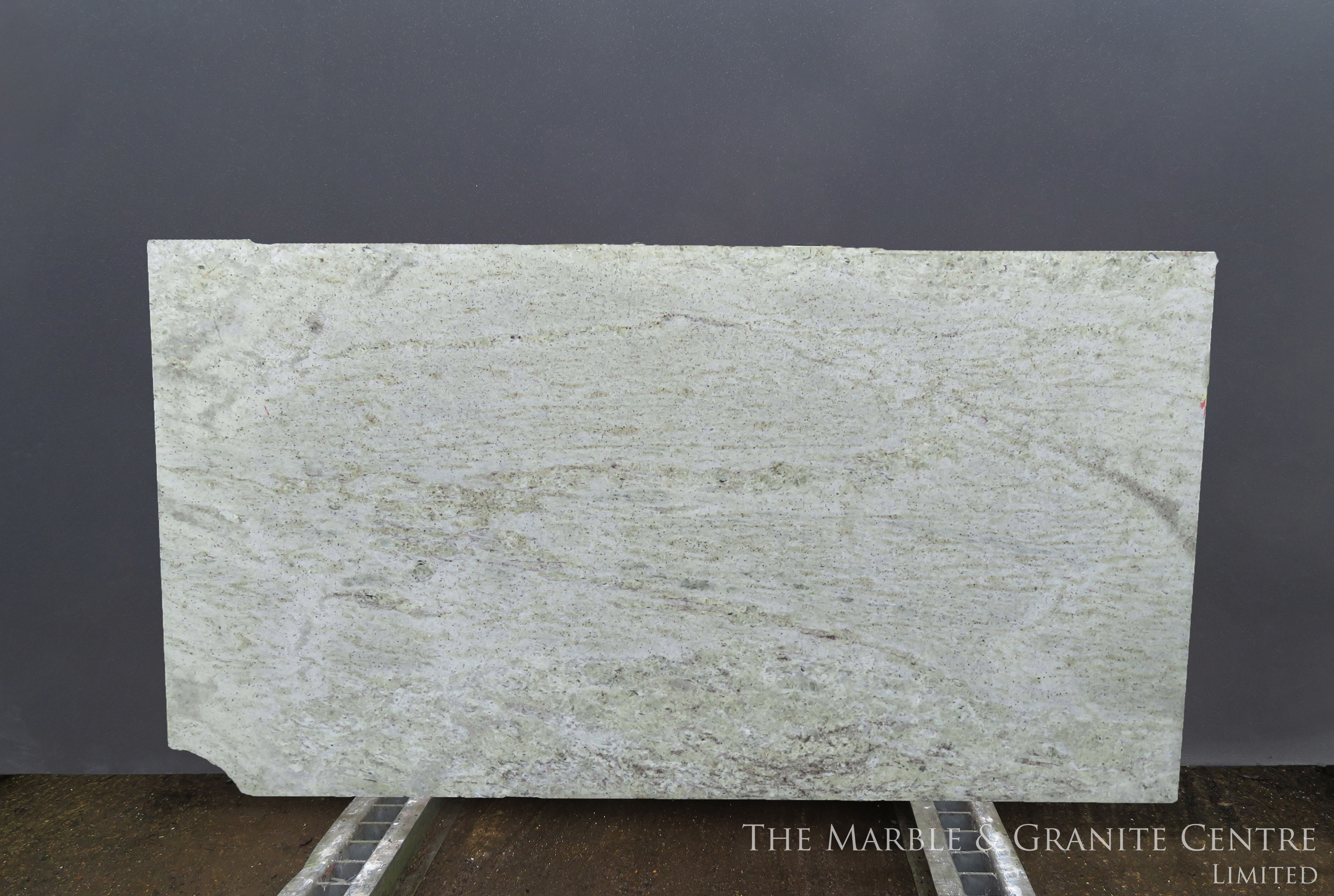 Granite Ivory Chiffon Polished 20 mm [2530]