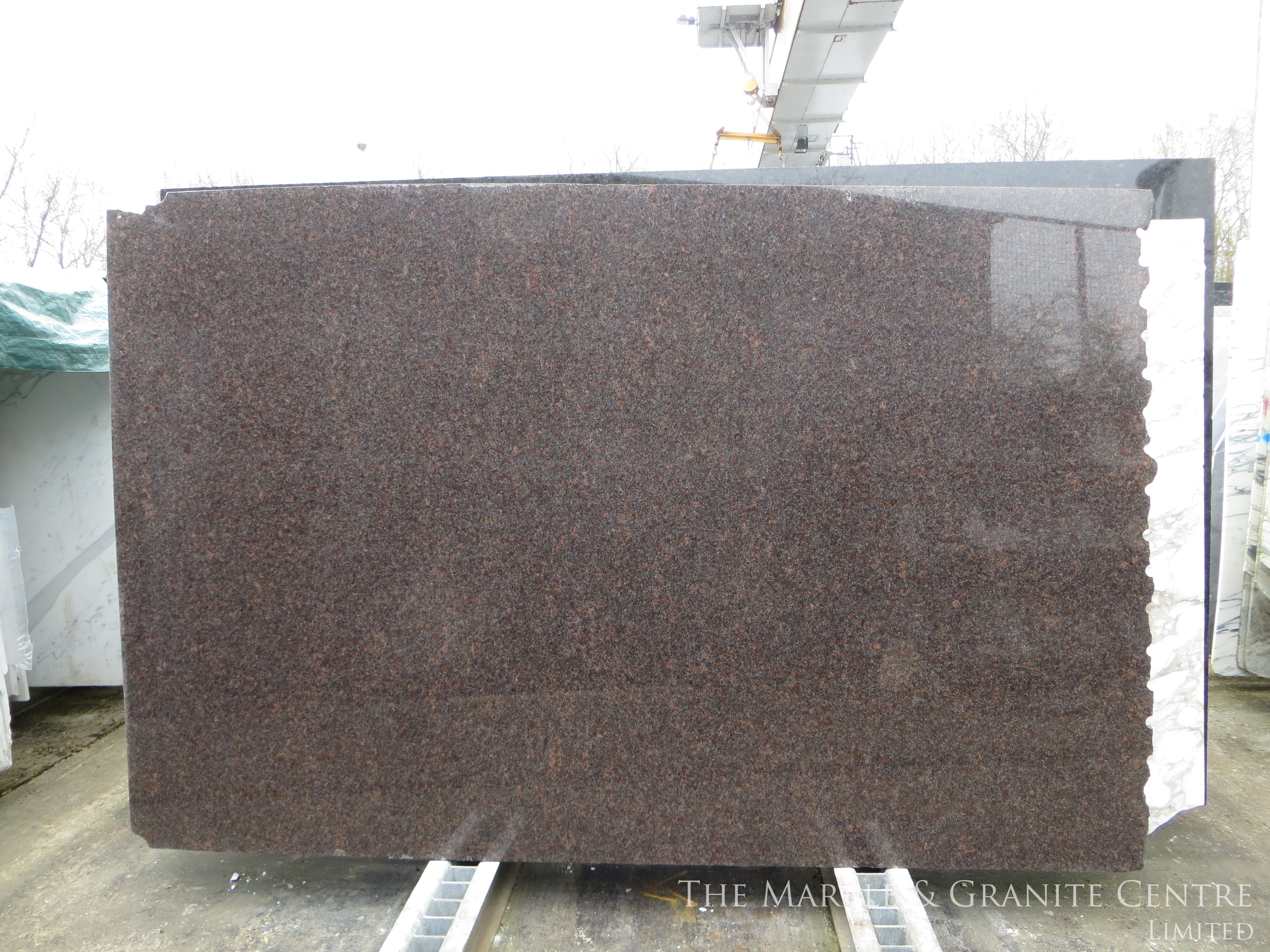 Granite Dakota Mahogany Polished 20 mm [25420]