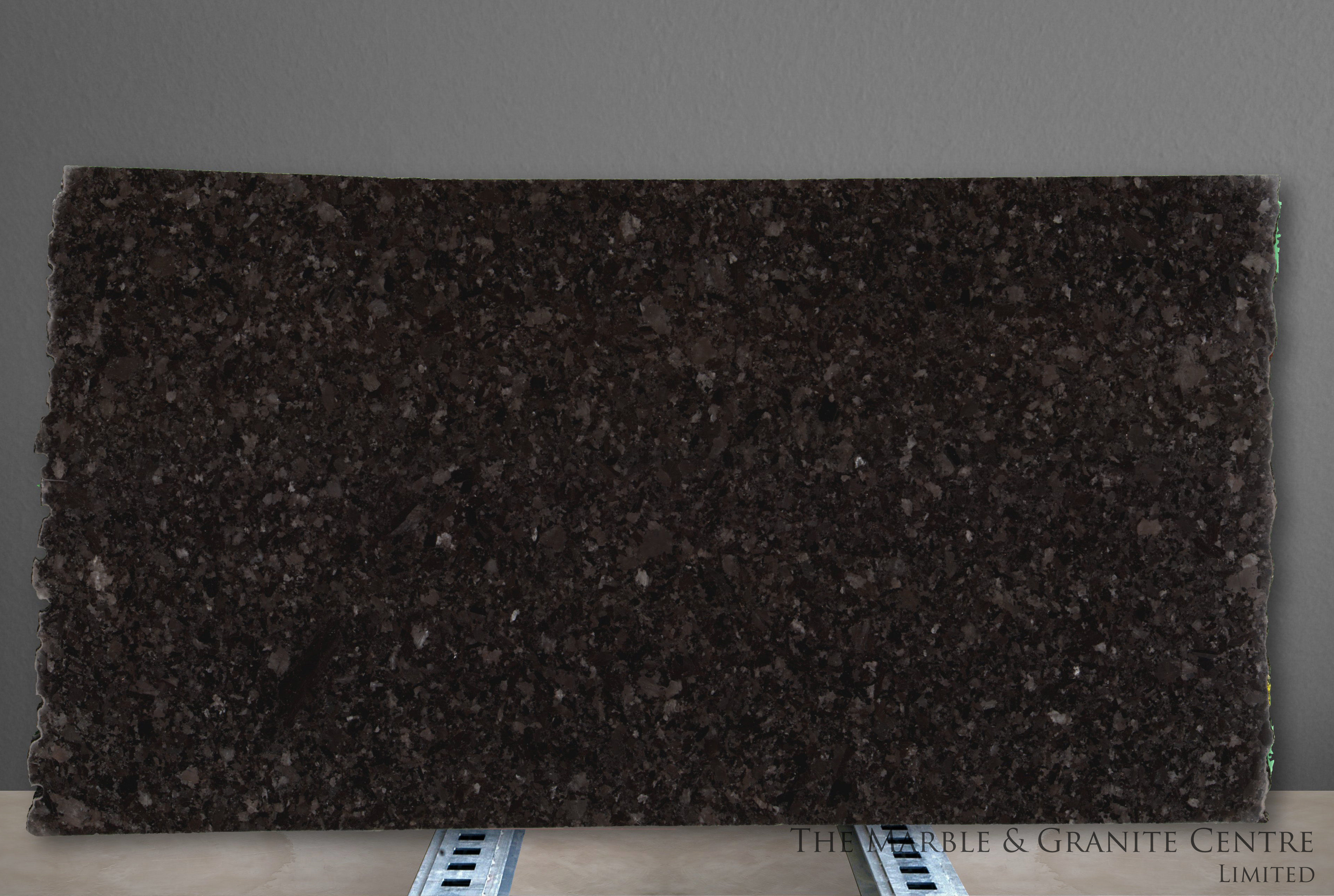 Granite Antique Brown Polished 20 mm [25689]