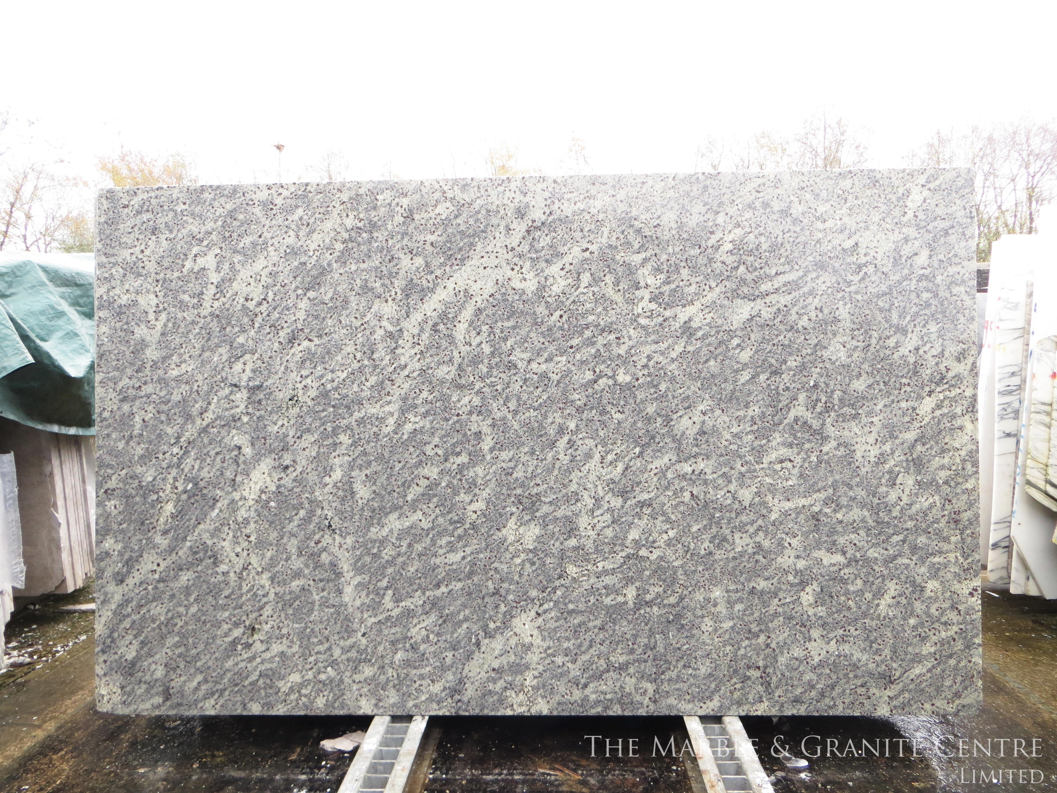 Granite New Kashmir White I Polished 20 mm [6372]
