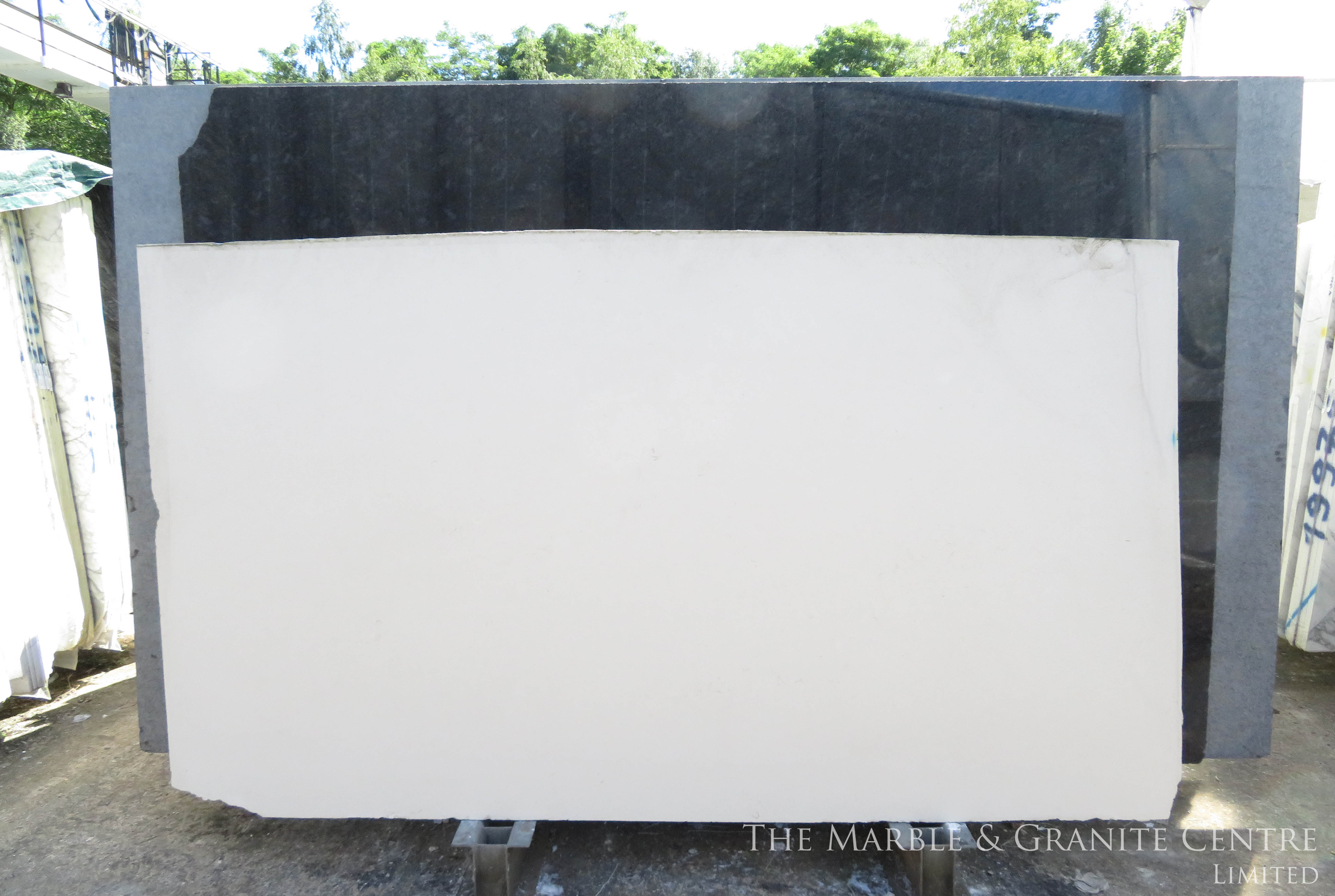 Limestone New Cream Honed 30 mm [7420]