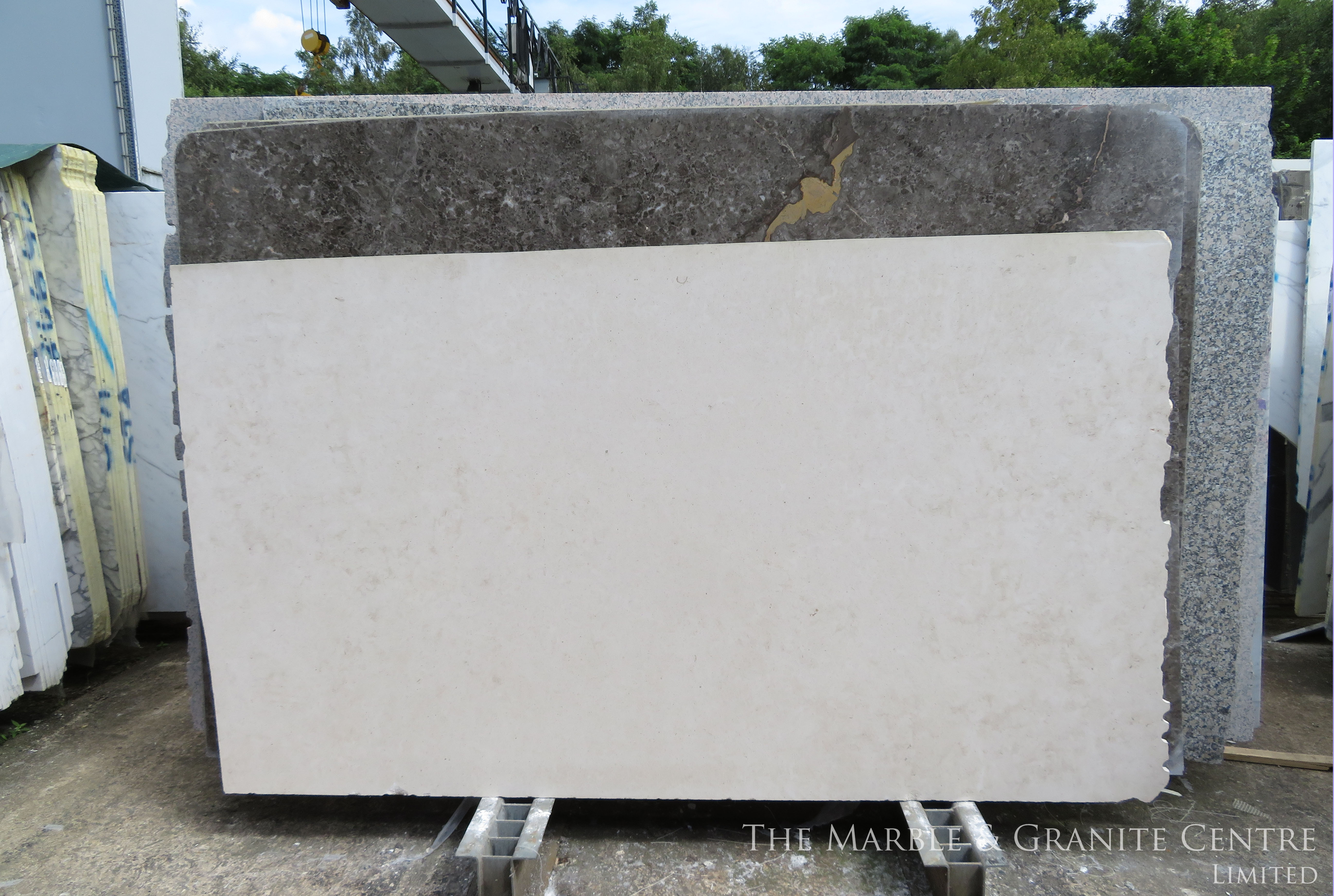 Limestone Moleanos Honed 30 mm [8438]