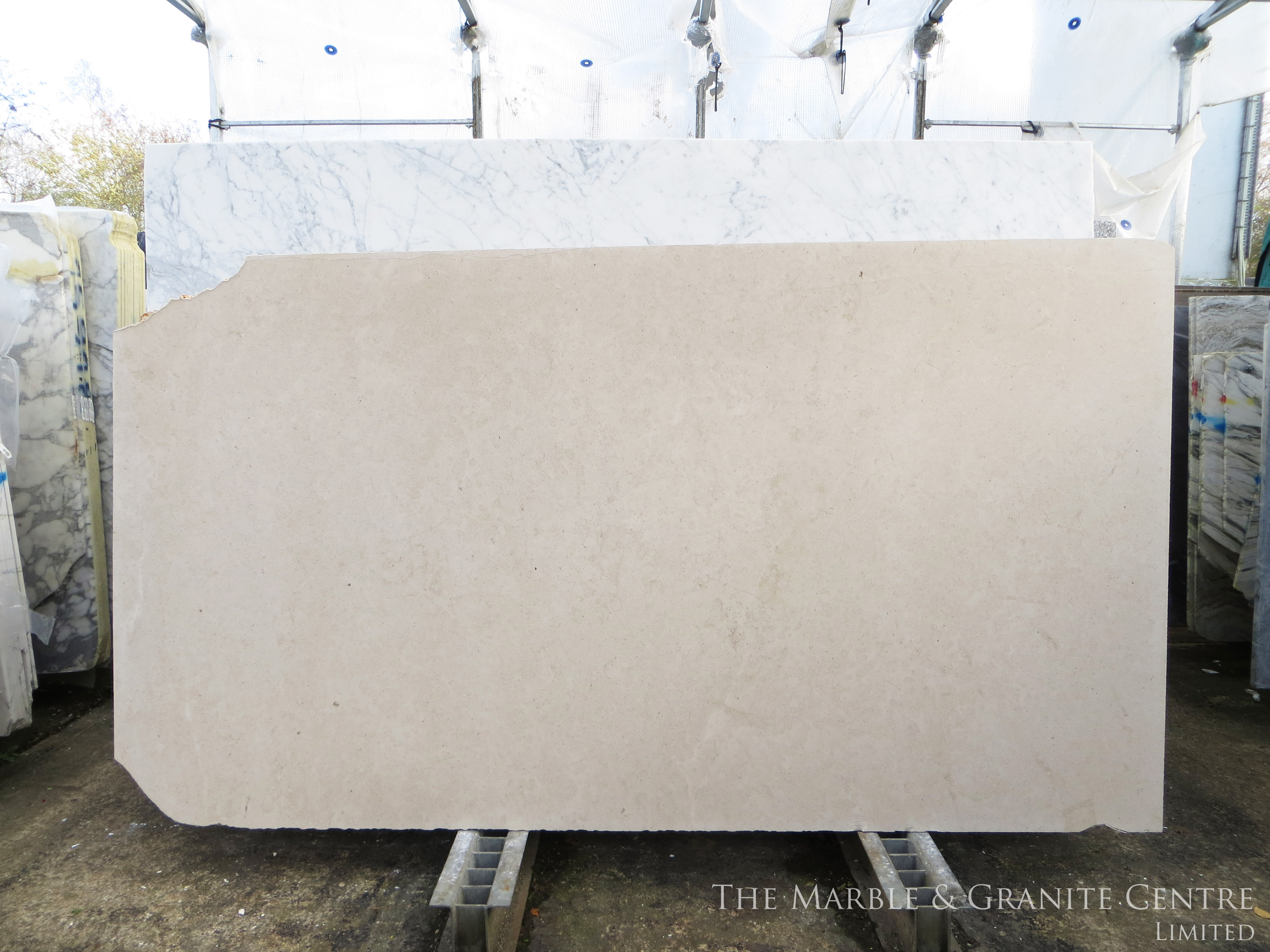 Limestone Moleanos Honed 30 mm [8440]