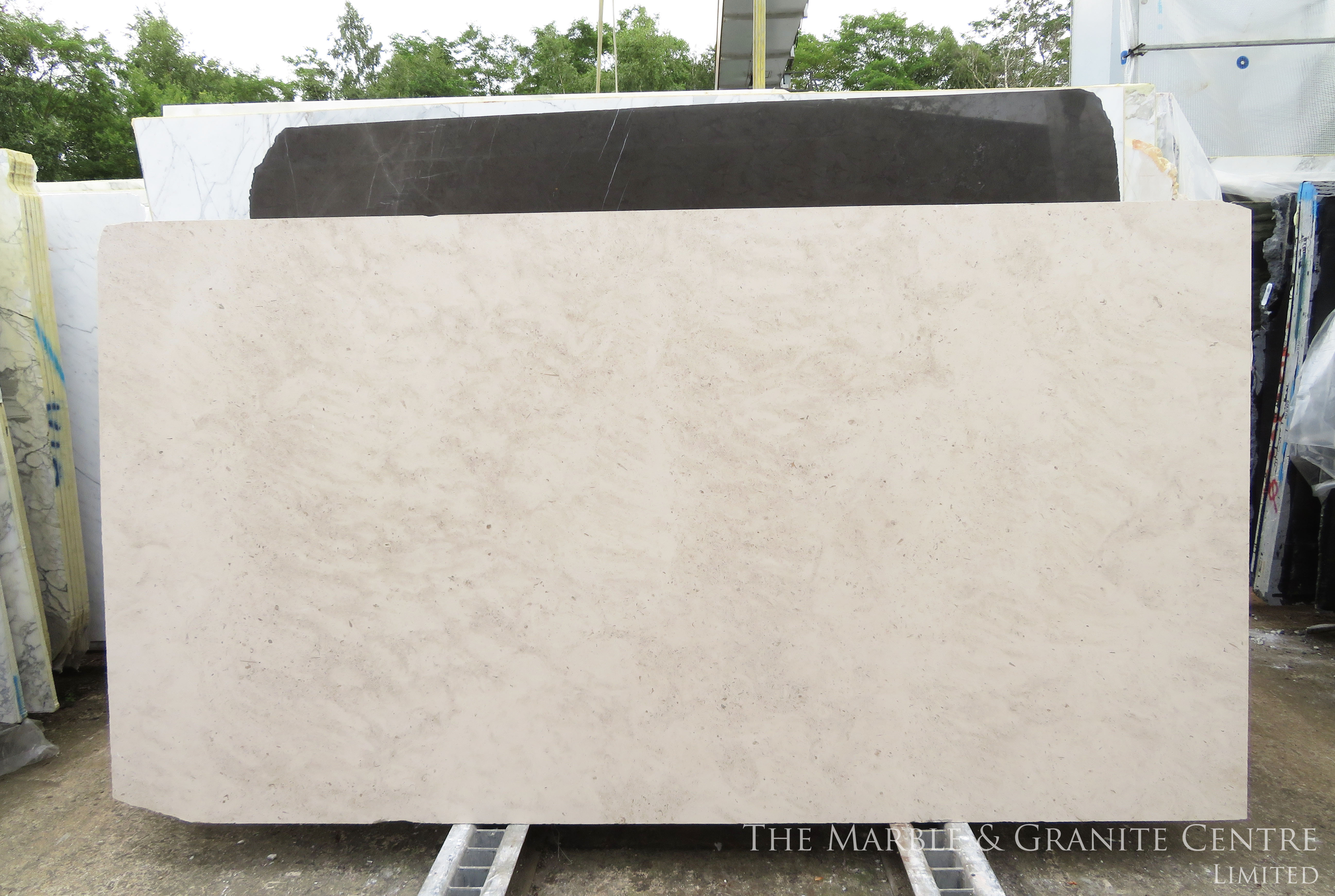 Limestone Moleanos Honed 20 mm [8935]